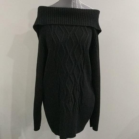 Blk Cowl neck sweater w metallic